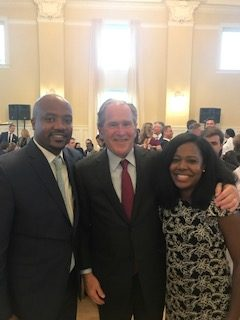 Irvin photo with President George W. Bush